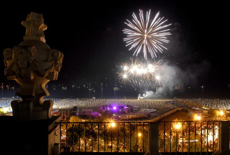 Natale e Capodanno E\' festa in Romagna - Viaggi e turismo Bagno di ...