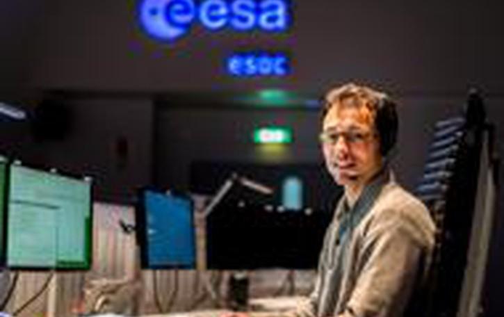 Bergamasco «pilota» un  satellite  Dovrà  creare la mappa delle stelle