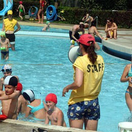 Si rifà la vasca esterna delle piscine  Bergamo: 24 progetti, 18 milioni