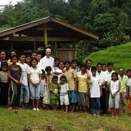 Sempre in aiuto verso i più deboli  Premiati 3 missionari bergamaschi
