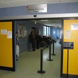 Sputi e insulti a un infermiere  31enne condannata a 5 mesi