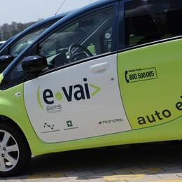 L'auto in società sbarca a Bergamo  Car sharing integrato con Trenord