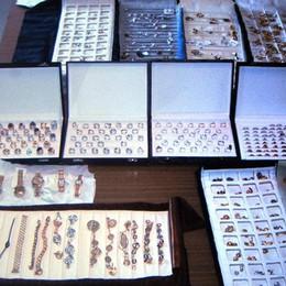 Rapinano gioielli a una donna  Arrestati due rom di Bergamo