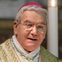 Il vescovo su immigrati e sicurezza:  la Chiesa non sottovaluta il problema