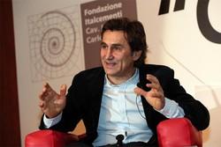 Alex Zanardi, medaglia d'oro alle Paraolimpiadi di Londra 2012 a Bergamo per il convegno annuale della Fondazione Italcementi .