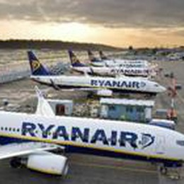 Ryanair, novità sul bagaglio  Scendono i costi per l'imbarco