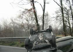 L'auto ribaltata sulla ss671 a Seriate
