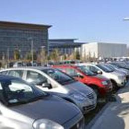 Ospedale, mozione alla Regione:   intervenga su parcheggi e treno