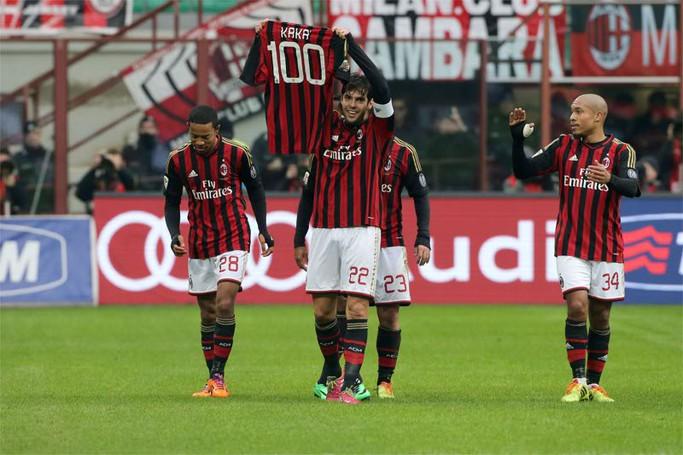 Kakà festeggia il  100° gol in rossonero