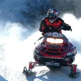 Montagna, La Regione ai sindaci  «Vietate motoslitte, no fuoripista»