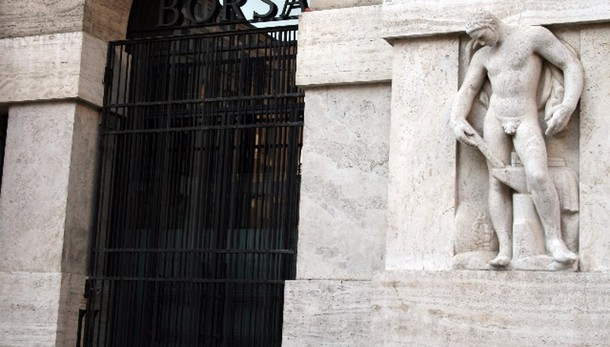 Borsa: Milano apre in calo, Ftse -0,33%