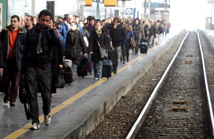 Pendolari alla stazione di Milano Centrale