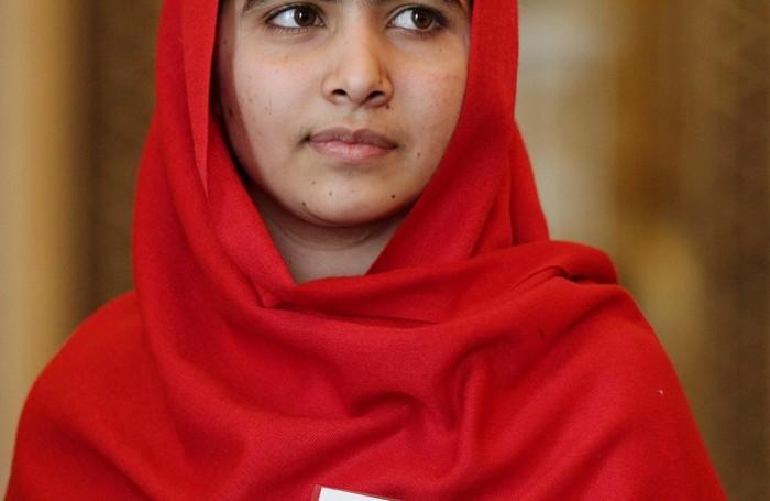 Malala, in occasione dell'incontro con la regina Elisabetta