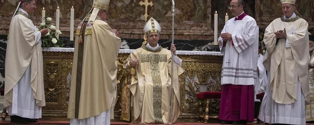 Monsignor Malvestiti ordinato vescovo Domenica all'Angelus con i pellegrini