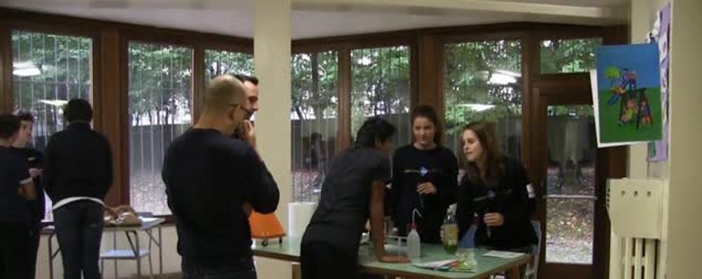 BergamoScienza e i segreti dei cibi Tappa all'Istituto Figlie del Sacro Cuore