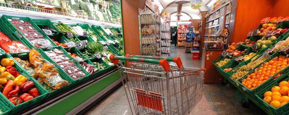 I lombardi sprecano meno cibo Ma il 63% acquista più del necessario