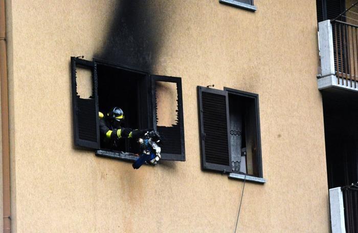L'incendio in un appartamento in Via Donizetti a San Giovanni Bianco