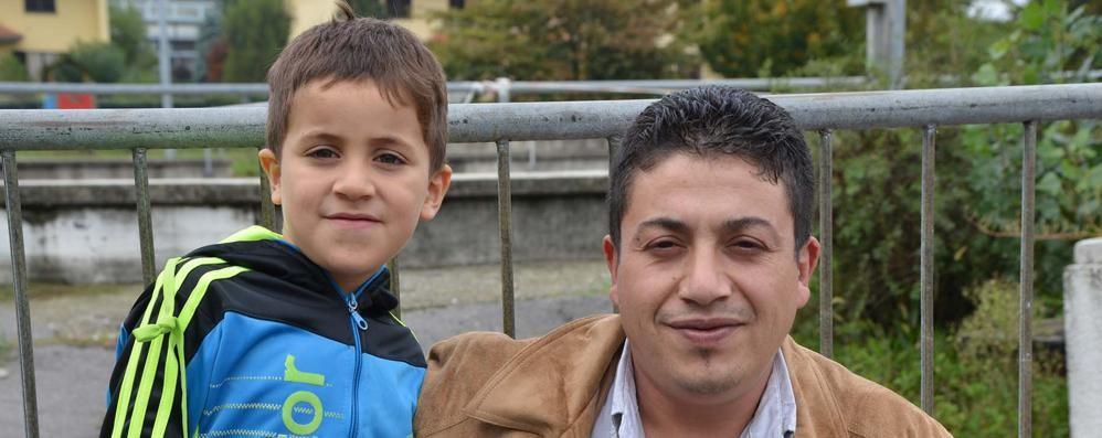 «Rischiò di morire folgorato E ora mio figlio non è più lui»