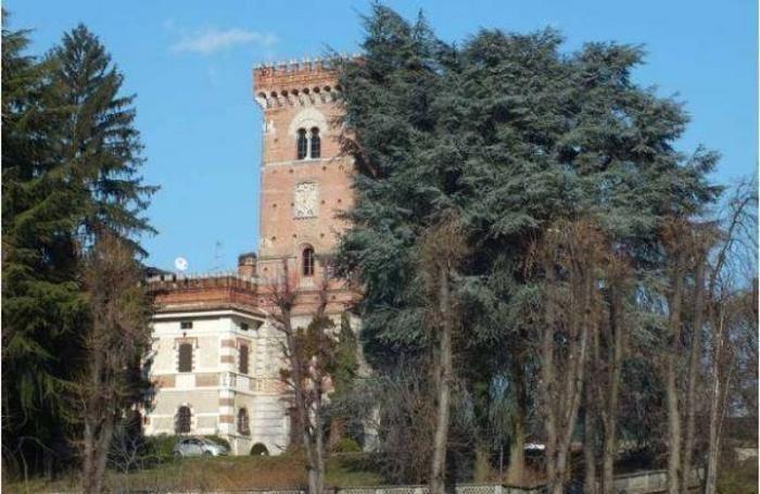La Villa con torre di avvistamento che ospitò Leonardo da Vinci