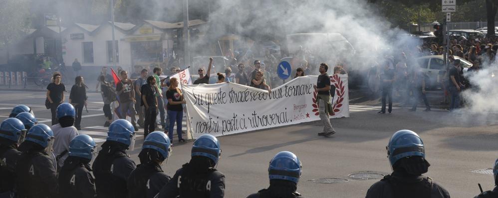 Forza Nuova e Antifascisti, cortei finiti Niente tensione, problemi al traffico
