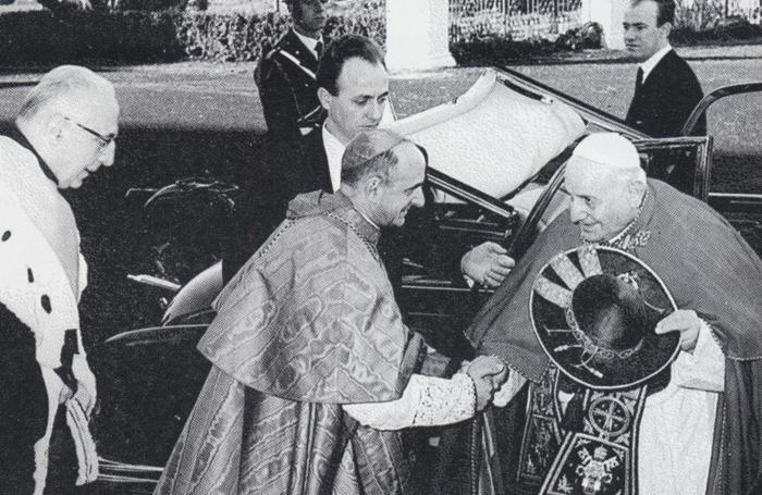 Giovanni XXIII e il cardinal Montini si incontrano a Roma per l'inaugurazione della facoltà di Medicina dell'Università Cattolica