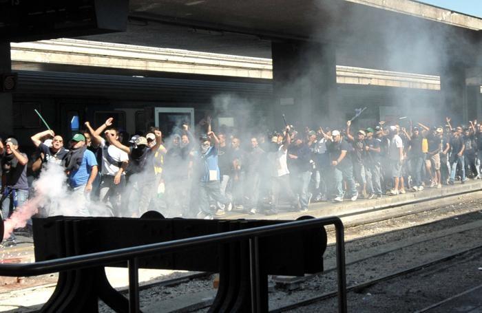 Ultras del Napoli in una trasferta a Roma
