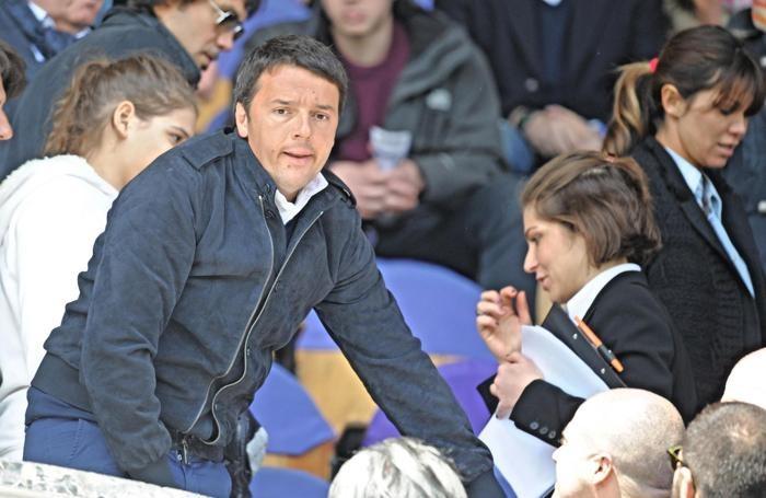 Matteo Renzi allo stadio «Franchi» di Firenze