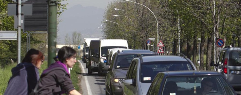 Treviglio-Bergamo, strada lumaca Quaranta minuti per 18 chilometri