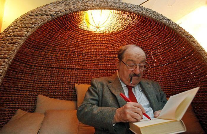 Umberto Eco, primo degli italiani in classifica
