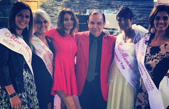 Foto di gruppo delle vincitrici: Sara Zanchi è l'ultima a destra