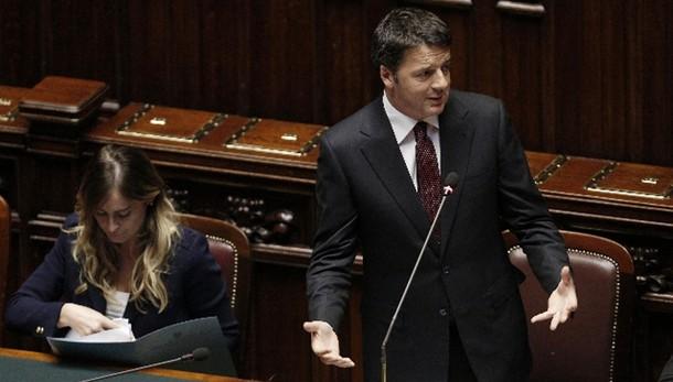 Renzi, bene Juncker, noi inflessibili
