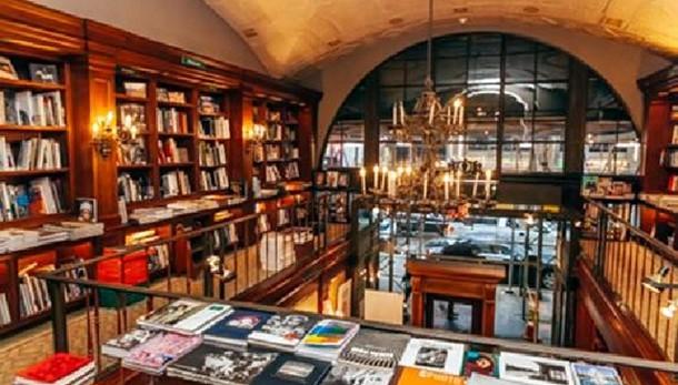Boldrini, chiusura libreria è perdita