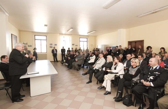La cerimonia di inaugurazione degli ambulatori medici del carcere