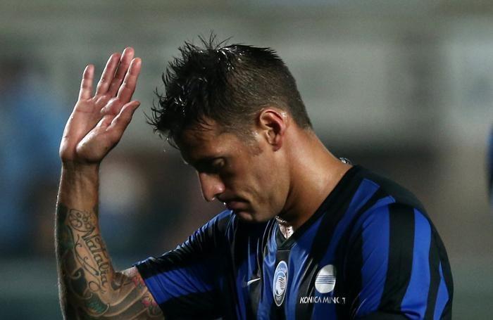 Denis dopo il rigore sbagliato contro la Juventus
