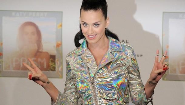 Katy Perry, reginetta Twitter fa 30 anni