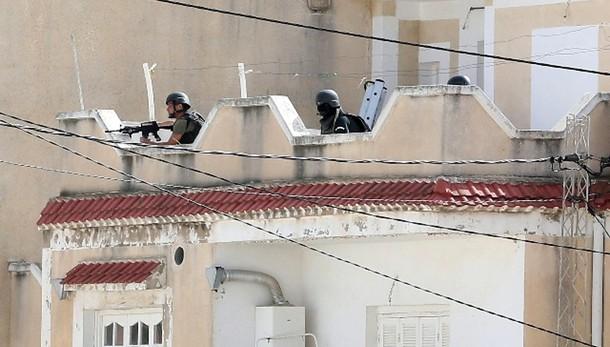 Tunisia: assalto forze ordine, 6 morti