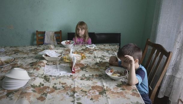 Ucraina: 820mila sfollati e rifugiati