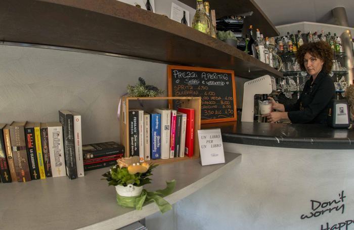 Book sharing al bar Azzurro di Scanzo