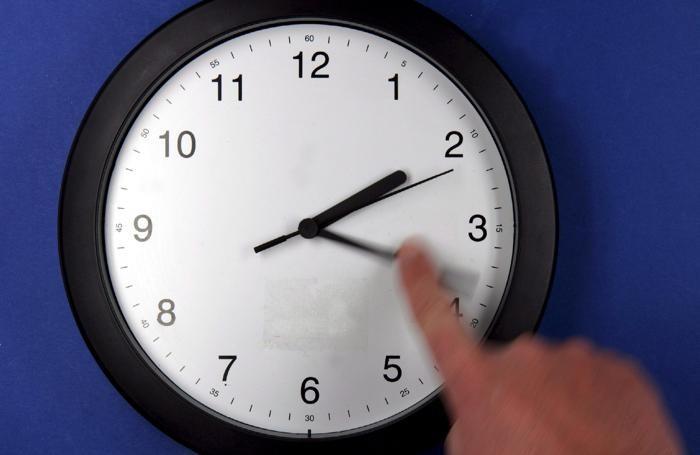 Ricordiamoci di regolare l'ora