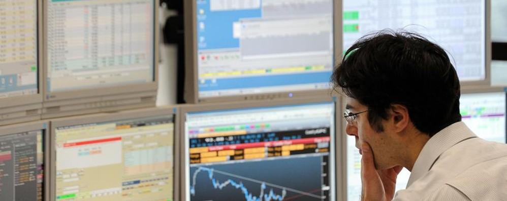 Borsa, dopo i test resta lo stress Ubi - 5,15%, Banco - 1,38%