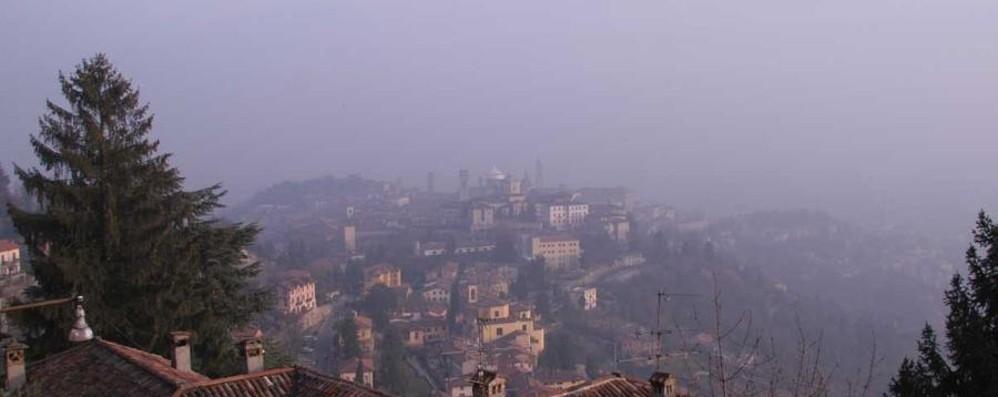 Tempo stabile, non sempre soleggiato E nel weekend nebbia in val Padana