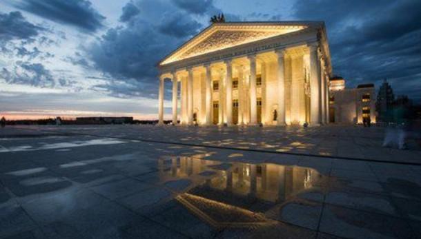 Opera Astana attende Zeffirelli