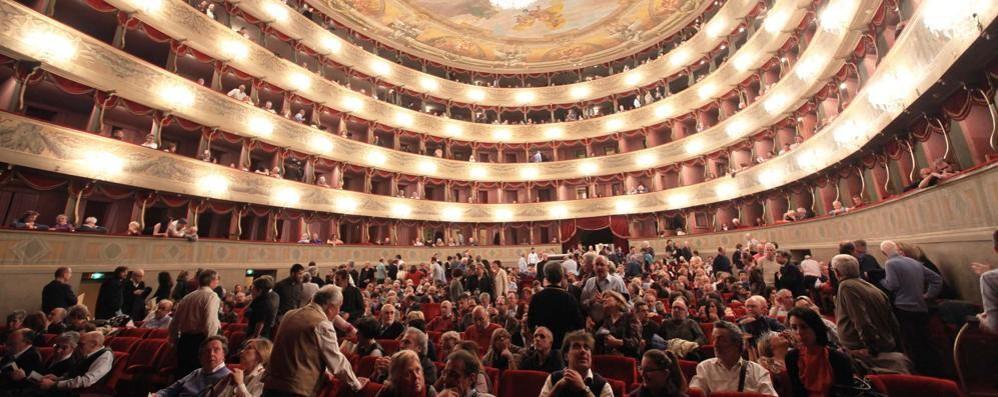 Teatro Donizetti, stagione di prosa Ora tocca ai nuovi abbonamenti