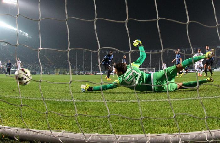 Il gol dell'1-1 di Higuain al 41' st