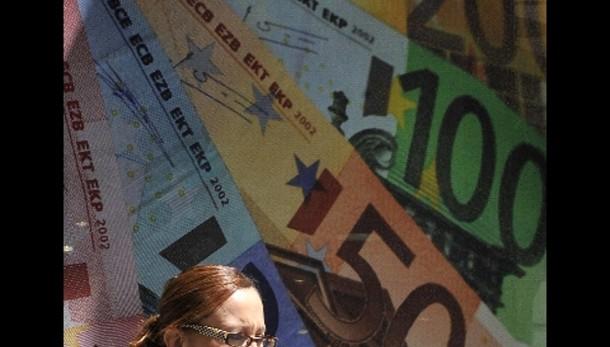 Cambi: euro torna sotto quota 1,26