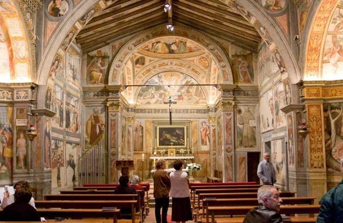 Lallio, interno della Chiesa di San Bernardino