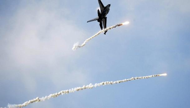 Nato resta vigile per aumento voli russi
