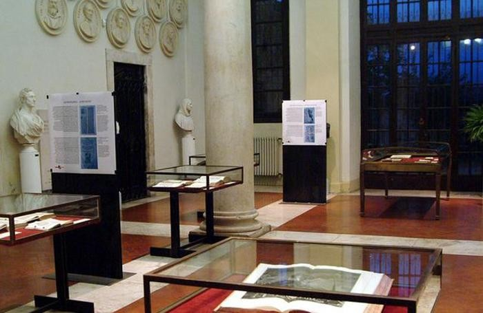 L'atrio scamozziano della Biblioteca Angelo Mai