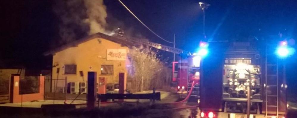 La notte di fuoco a Treviglio Confesercenti lancia l'allarme