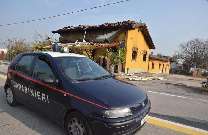 La pizzeria bruciata a Treviglio